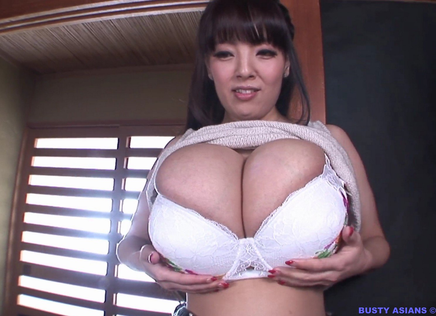 Busty asian lusoporno, nina roxanne hot