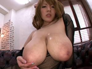 hitomi tanaka boobs