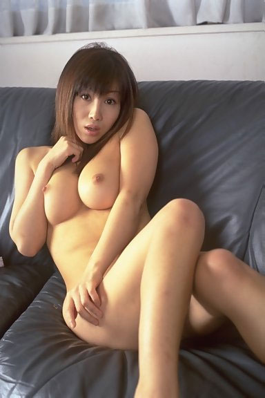 Eating mature pussy videos