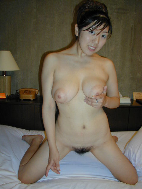 Japanese girl with big boobs and shaved pussy 6