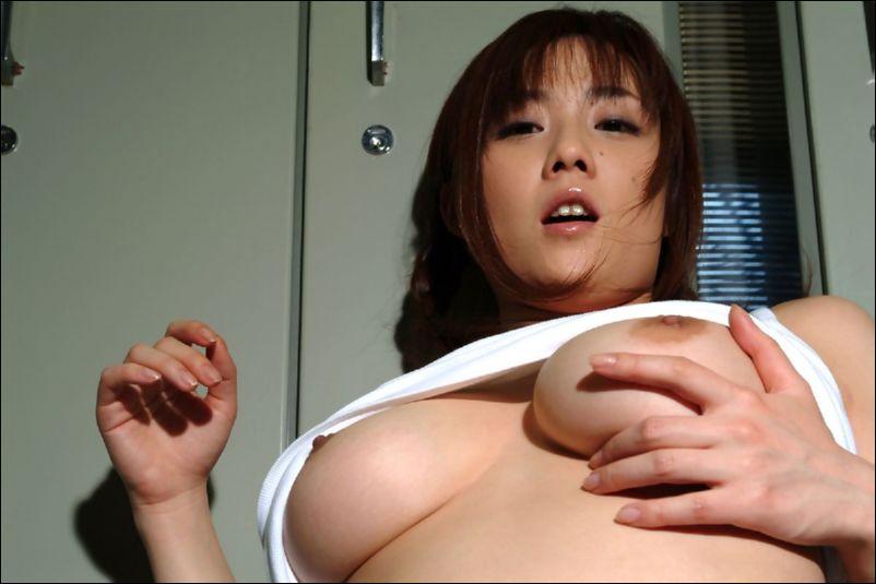 Kaoru Sakurako Busty Natural Japanese Idol